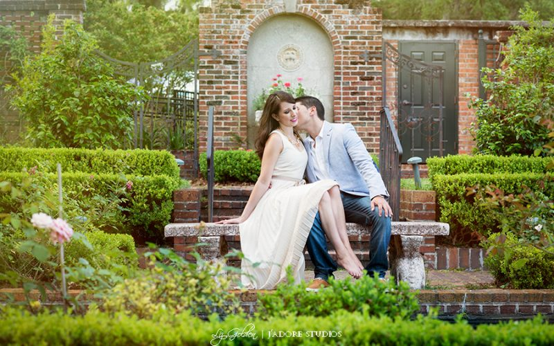 Samantha and Stephen's Cummer Museum and Gardens Engagement Session